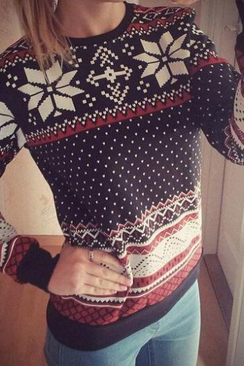 Fashion Long Sleeves Snowflakes Print Black Cotton Blend Regular Pullover Sweat