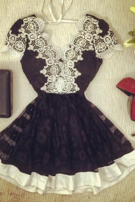 Fashion V Neck Short Sleeves Lace Trim Patchwork Black Lace Mini Dress