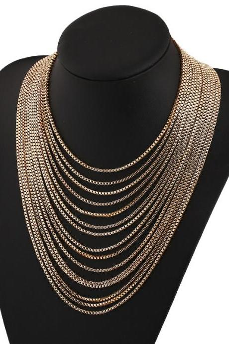 Fashion Vintage Golden Metal Necklace