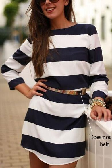 Black and White Striped Long Sleeved Short Shift Dress